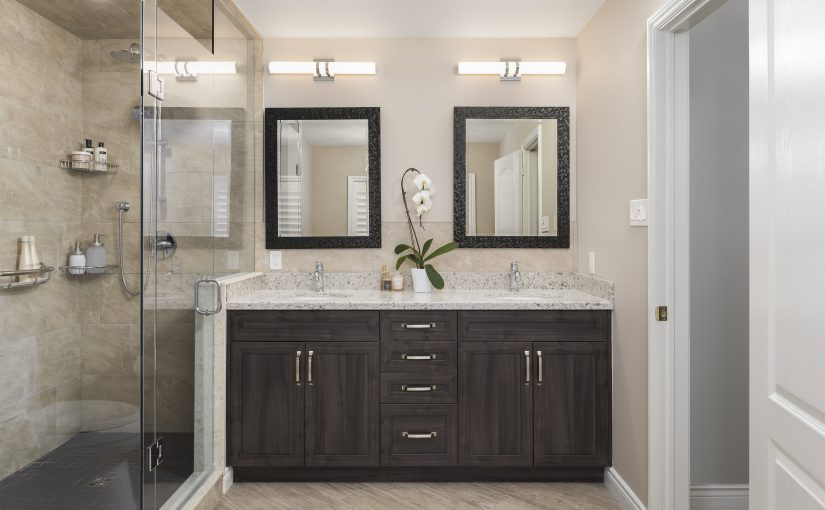 Function and Luxury Meet in this Elegant Master Bath Design