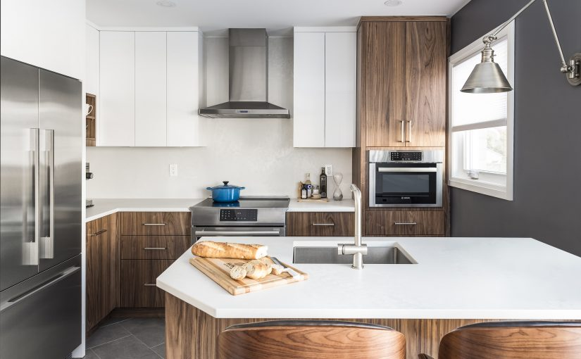 Monarch Tackles Lack of Storage in this Small Mid-Century Modern Kitchen Design